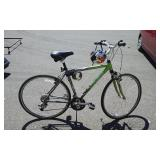Trek 7300 Multi Track 21 Speed Alpha Aluminum Bike. Includes Helmet