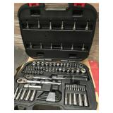 Husky Mechanics Tool Set (92-Piece) n good condition
