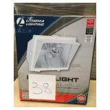 Lithonia Lighting 1-LAMP WHITE OUTDOOR FLOOD LIGHT n good condition