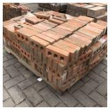 Approx. 400 Brick – Reddish...
