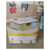 ClosetMaid 40 in. W x 15 in. H White 6-Cube Activity Table
