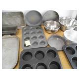 Metal Baking Pans / Bowls