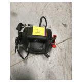 Schumacher Battery Extender 12-Volt, 750 Amp Battery Jump Starter in good condition