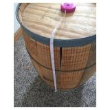 Wood Barrel With Cover