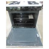 GE 30 in Hotpoint Freestanding Gas Range in White, RG518PCHWH - Slight Ding/Scratch on LH Side Panel