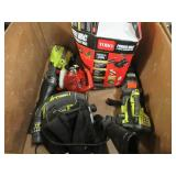 WHOLESALE MIXED PALLET OF RETURNS - GAS POWERED LEAF BLOWERS!