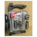 Husky 1/4 in. and 3/8 in. Stubby Ratchet and Socket Set (46-Piece)  in good condition