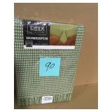 Homespun Fringed 52 in. x 70 in Sage 100% Cotton Tablecloth by Lintex  in good condition