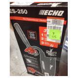 ECHO  165 MPH 391 CFM 25.4 cc Gas 2-Stroke Cycle Leaf Blower Vacuum in good conditions