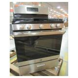 """GE 5-Burner 5-cu ft Steam Cleaning Freestanding Gas Range (Stainless Steel) 30"""" JGBS66REKSS"""