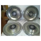 4 Pontiac hubcaps