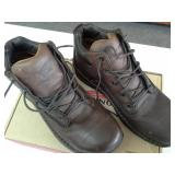 Red Wing 6707  Size 9 D Men