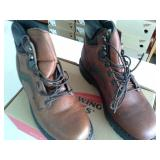 Red Wing 926  Size 9 D Men
