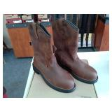 Red Wing 2272  Size 9.5 D Men