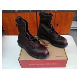 Red Wing 2408  Size 8 EE Men