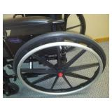 Invacare wheelchair 9000 XT - like new. 1