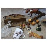 Lot of moose and decorative items...