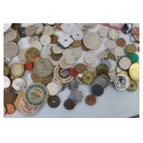 Lot of foreign coins and paper mone...