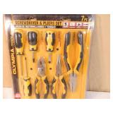 New 7 Piece Screwdriver and Pliers Set