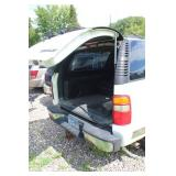 2001 Chevrolet Suburban K2500 4-Door Wagon