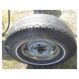 Hydraulic log Splitter on tires.
