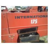 Swather 4 cyl. International 175.