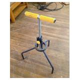 Adjustable Roller Support Stand