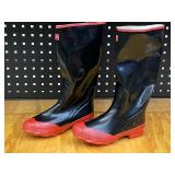 Pair Of New Boss Size-9 Steel Shank Rubber Boots