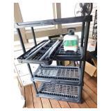 Black Plastic Shelf / Grass Colorant