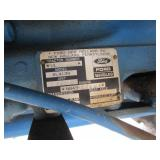 Ford 1720 Utility Tractor w/Dual 107 Loader