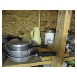 Large Lot of Kitchen Items