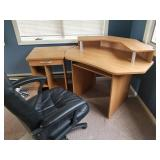 Professional Office Corner Desk and Chair