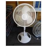 2 Used Fans