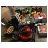 Pallet with Outdoor/Indoor  Tools various Brands Models and conditions Customer returns review pictures