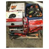 Pallet with Branded Outdoor/Indoor Tools - Large selection see pictures