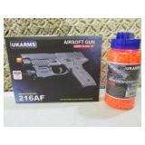 Pistol Airsoft Gun with Bottle of 2...