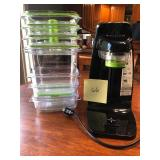 Food Saver w/Vacuum Containers