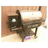 Pit Boss pellet grill for parts or repair. Is missing some pieces. As shown.