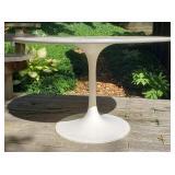 Knoll Mid-Century Tulip Table