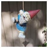 Clumsy Gnomes on a Rope