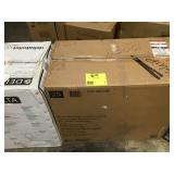 Pallet with 3 assorted toilets open boxes in good condition