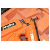 Paslode Impulse Cordless Nailer IM250A 16GA Angled Finish with Battery, Charger, Case