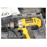 """DeWalt Heavy Duty XRP 1/2"""" 12V Cordless Drill/Driver DW980 with Battery, Charger DW9107, Case"""