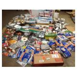 Gaylord full of assorted Plumbing items and accessories customer returns see pictures