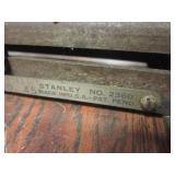 VINTAGE STANLEY METAL CUTTING MITRE BOX