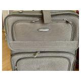 Moda Rolling Suitcase