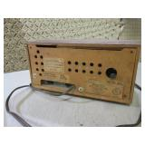 (F-0) Vintage Wood Radio Traveler M...