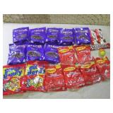 (B-1) Assorted Bag Candy Etc Past D...