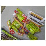 (EC2) 24 Assorted Smoked Snack Stic...