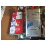 Auto, Mini Advertising Oil Cans